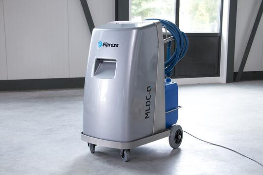 Mobile cleaning unit